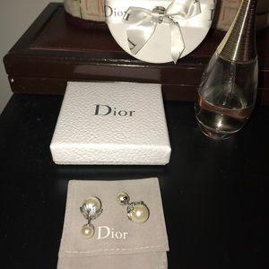⛔️SOLD⛔️Christian Dior Mise En DiorPear Earrings